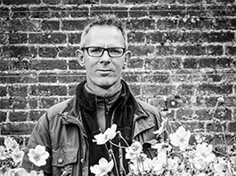 'WHAT ARE GARDENS FOR?'<br>Jason Ingram: Plant and garden photography workshop